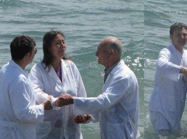Ciega-dice-que-fue-sanada-por-Dios-durante-su-bautismo_369x274_exact_1496158711